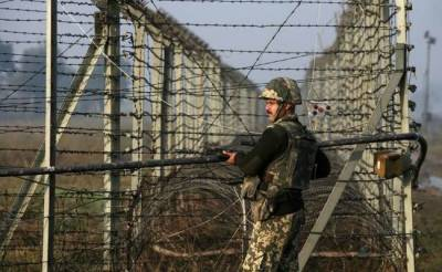 Indian Forces unprovoked firing at working boundary, 3 Pakistani hit