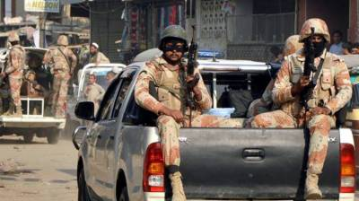 Rangers arrest 6 criminals in Karachi