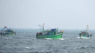 Sri Lankan Navy kick out 3500 Indian fishermen from their waters