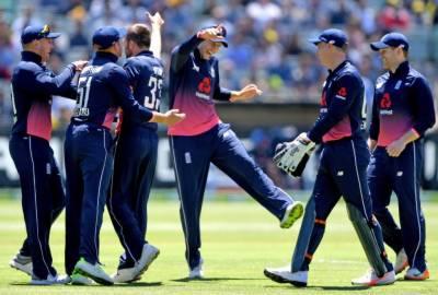 England beats Australia in first ODI, as opener Jason Roy makes historic record