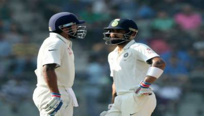 India struggles after tumbling against South Africa in the second test match
