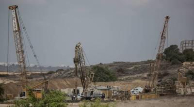 Israeli military strikes underground tunnels at the Israeli Egypt border