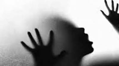 Indian girl abducted, gang raped in moving car in the city