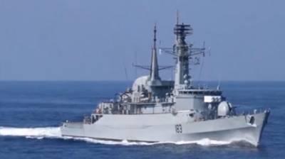 Pakistan Navy Task Group visits Port Louis