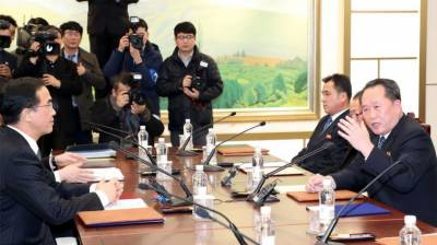 North and South Korea agree to hold talks on Wednesday