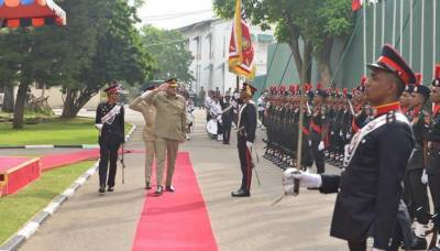 Sri Lanka military Chief lauds Pakistan Army support against Sri Lankan war against terrorism