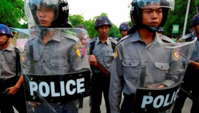 Myanmar police shoot dead seven protesters in troubled Rakhine