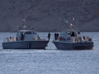 Turkish Navy Patrol - Greece Gunboat collide near a disputed island
