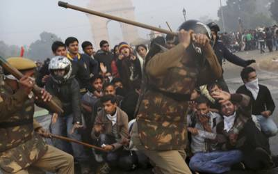 CPJ slams India for laying sedition charge against detained Kashmiri photojournalist