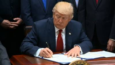 Donald Trump signs bill renewing NSA warrantless surveillance powers across the globe