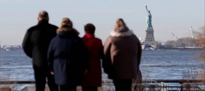 Statue of Liberty closes after US government shutdown