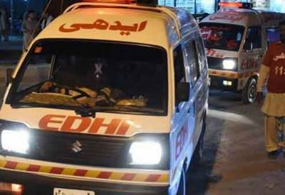 Two killed in Shaheed Benazirabad road accident
