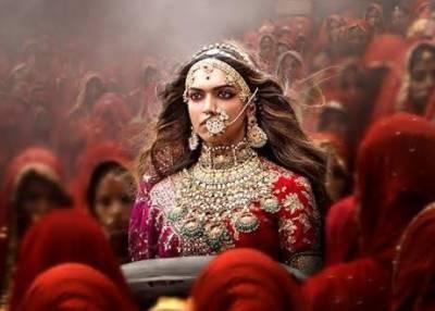 Bounty of millions of rupees for chopping off Padmavat heroine Deepika Padukone nose