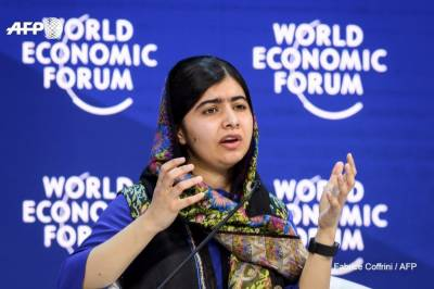 Malala Yusafzai urges the women to change the world without waiting for men help