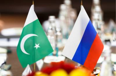 Pakistan Russia inch closer further