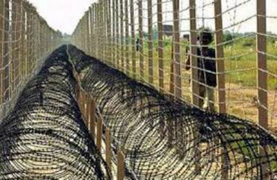 India decides to fence international Border with Pakistan