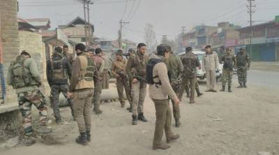 Indian army camp attacked with grenade in Pulwama