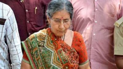 Indian PM Narendra Modi wife hit in a car accident, rushed to hospital