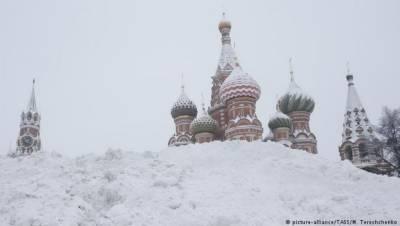 Record snowfall hits Moscow