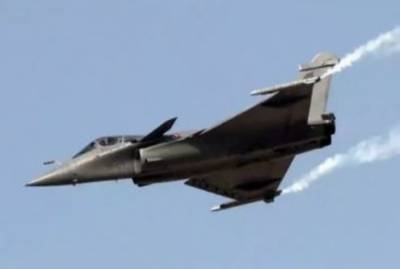 Modi govt accused of involvement in a big scam in Rafale aircraft deal with France