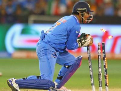 MS Dhoni makes historic record