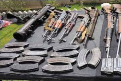 FC Balochistan recovers huge cache of arms from terrorists den