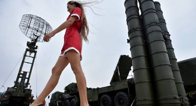 India Russia to sign historic S 400 Missile Defence System deal