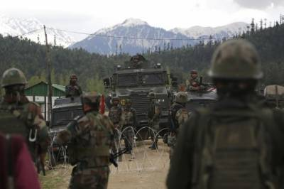 Indian Army Base in occupied Kashmir under attack, several dead and injured