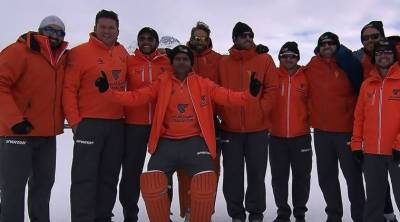 Shahid Afridi Royals whitewash Sehwag Diamonds in ice cricket series