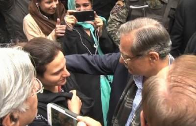 CJP visits home of late Asma Jehangir, condoles with her daughter