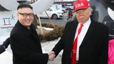 Donald Trump and Kim Jong Un lookalikes at Winter Olympics
