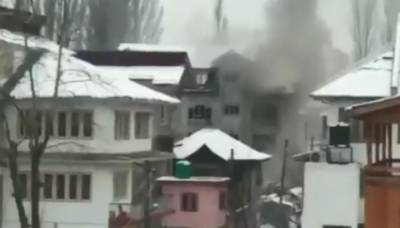 The Indian Army is struggling to gun down two militants in Srinagar for last 24 hours