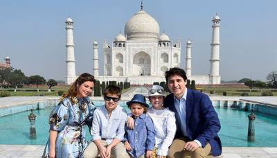Justin Trudeau begins week-long India's tour with Taj Mahal visit