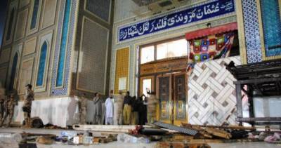 Sehwan Blast claimed by Daesh, master mind is relative of Lal Masjid Moulana Aziz