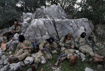Syrian Forces - Turkish Army Faceoff in Syria