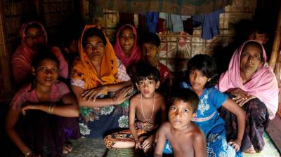 720, 000 Rohingya Muslims children begs mercy