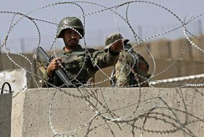 Afghan Taliban attack military Base, kill 20 soldiers and take away entire weapons cache