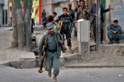One killed, six wounded in Kabul suicide bombing near NDS office