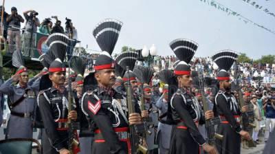 Pak Rangers commando course parade held at Rakhtera