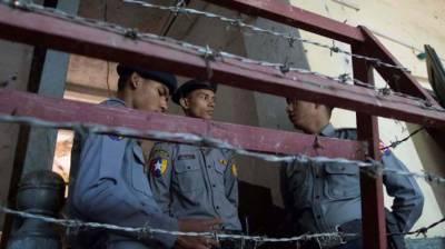 Three bombs hit capital of Myanmar