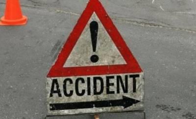 Three killed in accident near Tando Jam