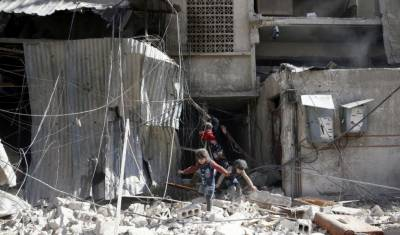 Russia and U.S. air strikes caused mass civilian deaths in Syria: U.N.