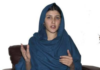 PML-N leaders serve legal notice to Ayesha Gulalai