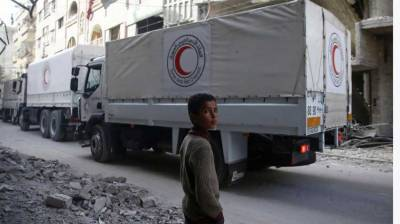 Aid to enter Syria's eastern Ghouta as assault pauses