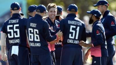 New Zealand v England fifth ODI scoreboard
