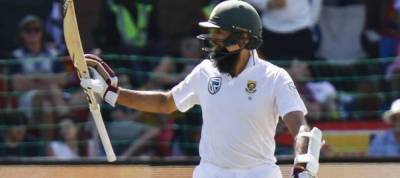Cricketer Amla wary of reverse-swing as S Africa edge ahead