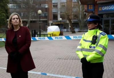 UK police probe stack of evidence in Russian spy attack