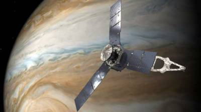 NASA's Juno spacecraft strips Jupiter down to its underwear