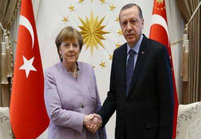 Erdogan, Merkel discuss counter-terrorism over phone