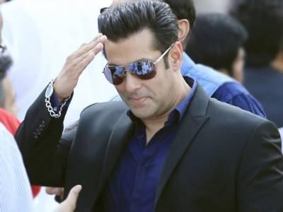 Salman Khan's wife emerge in Mumbai